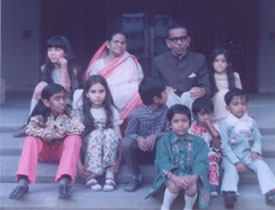 With grandparents, sisters and cousins, 1974. I'm at the left of my grandmother.