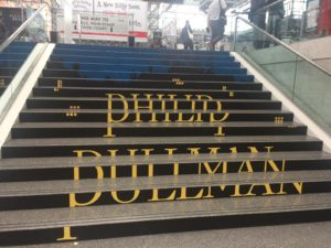 Precisely positioned Pullman steps